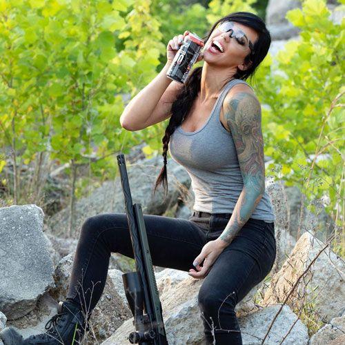 با الکس زدرا - فرشته ای با اسلحه که زیبایی را دوچندان می کند